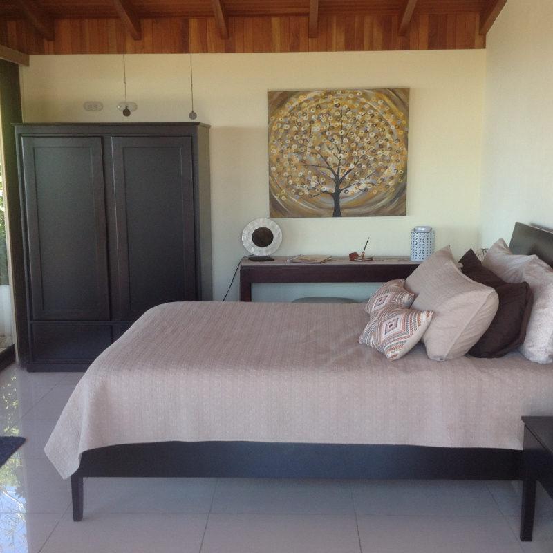 zen-bedroom-vida-mountain